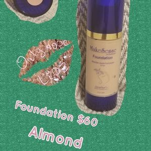 Original foundation in Almond colour